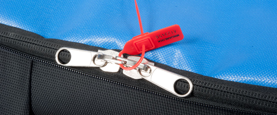 Unzipping the main compartment open reveals a security enclosure, complete with pull-tight seal compatibility. We can optionally fit ZipLock enclosures at the factory for compatibility with our economical ZipLock security seals.